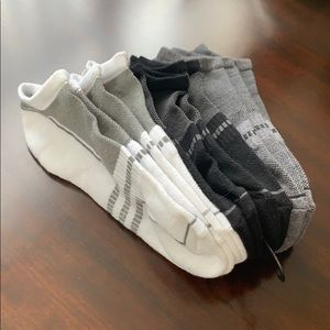 Other - 6 pairs of men's ankle socks size 9-11